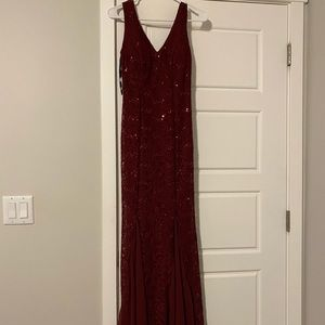 Eureka Fashion - 2030 Mermaid dress burgundy